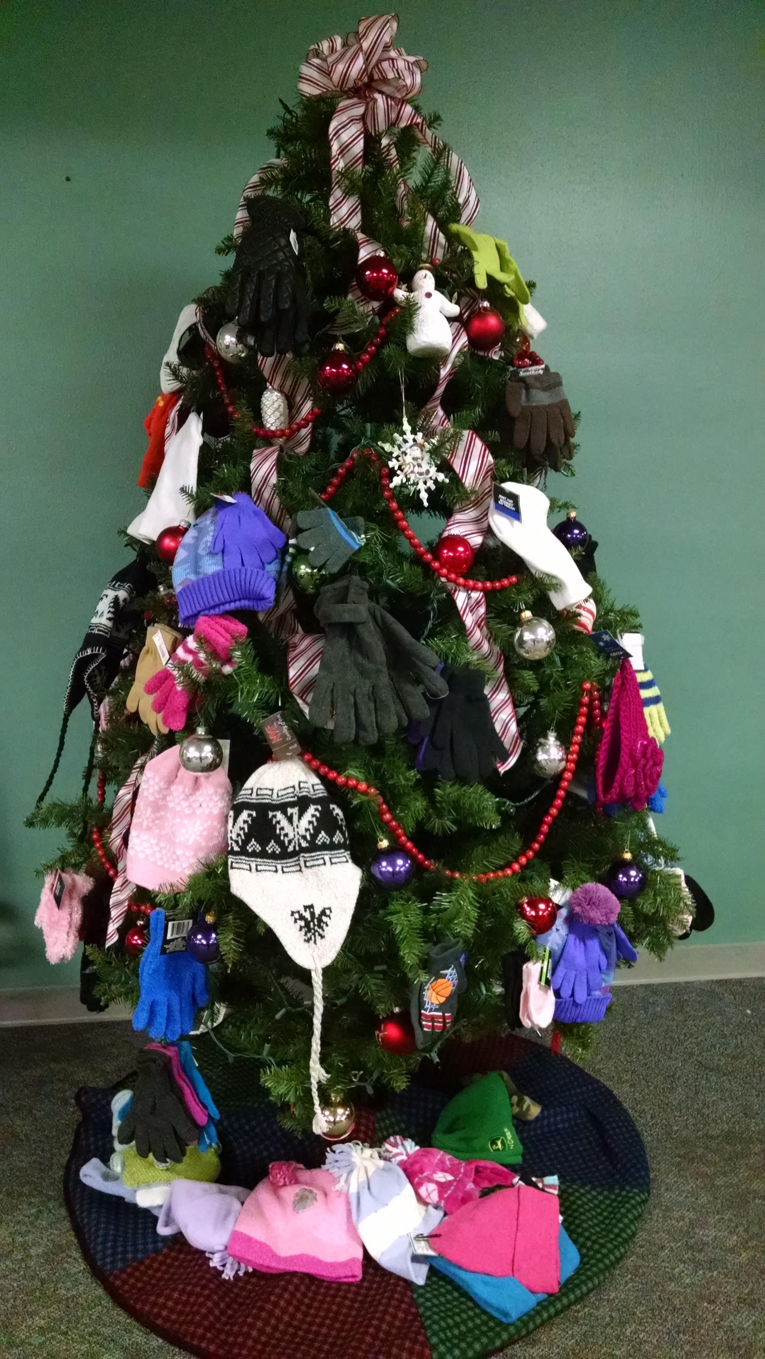 Christmas Tree With Fruit